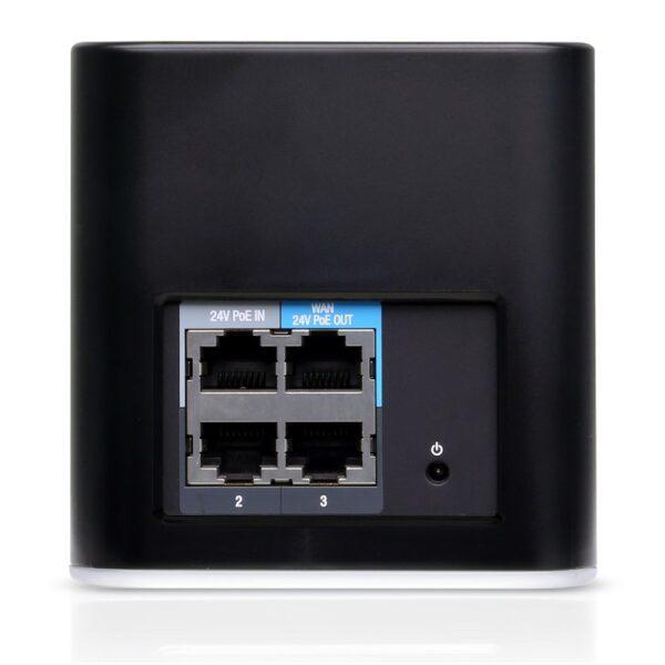 Ubiquiti ACB-AC AIRCUBE AC 4xGigabit Lan (1 POE Out) Dual Band (2.4Ghz & 5GHz)